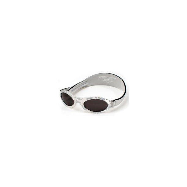 Baby Banz solbrille med justerbar rem sølv med mønster