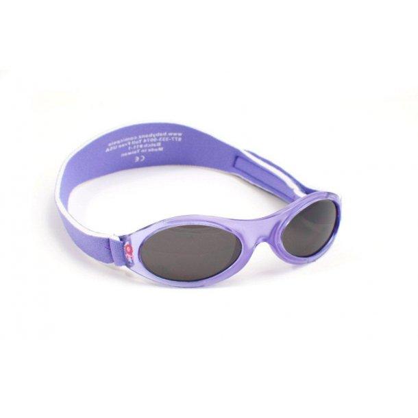 Solglasögon från BabyBanz.
