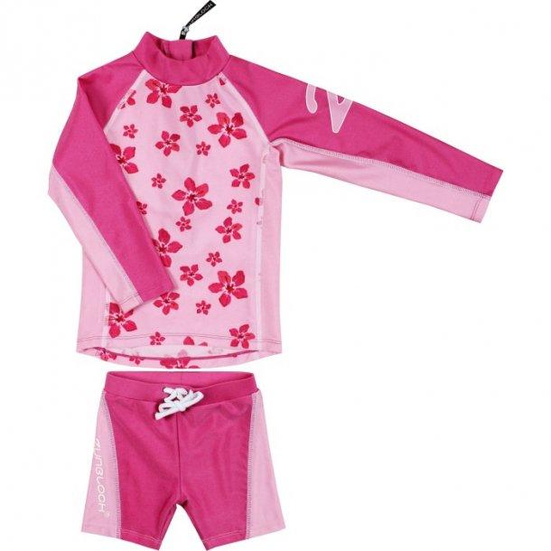 Rosa uv shorts og langärmad blus Zunblock UPF 50+
