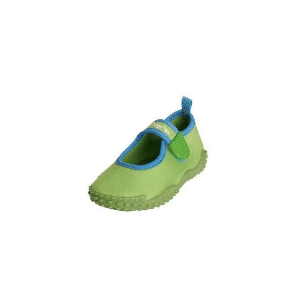 Badskor från Playshoes ljusgrön UPF 80+