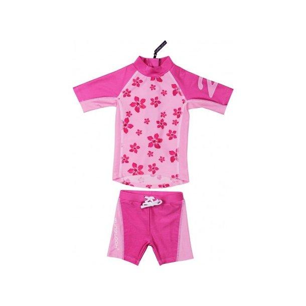 Shorts og t-shirt rosa med blommor Zunblock UPF 50+